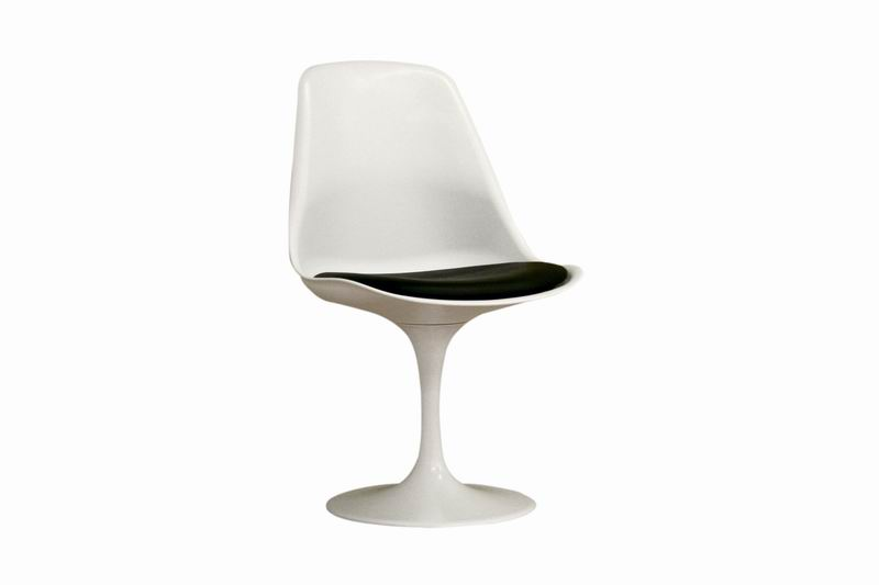White Molded Plastic Tulip Side Chair
